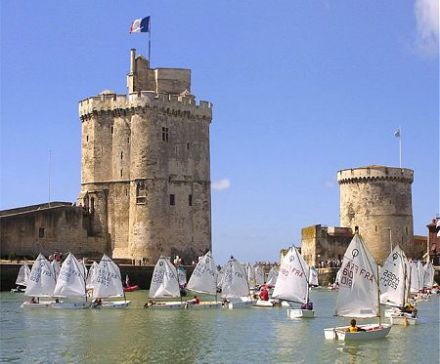 la rochelle tourisme en charente maritime sur passeport. Black Bedroom Furniture Sets. Home Design Ideas